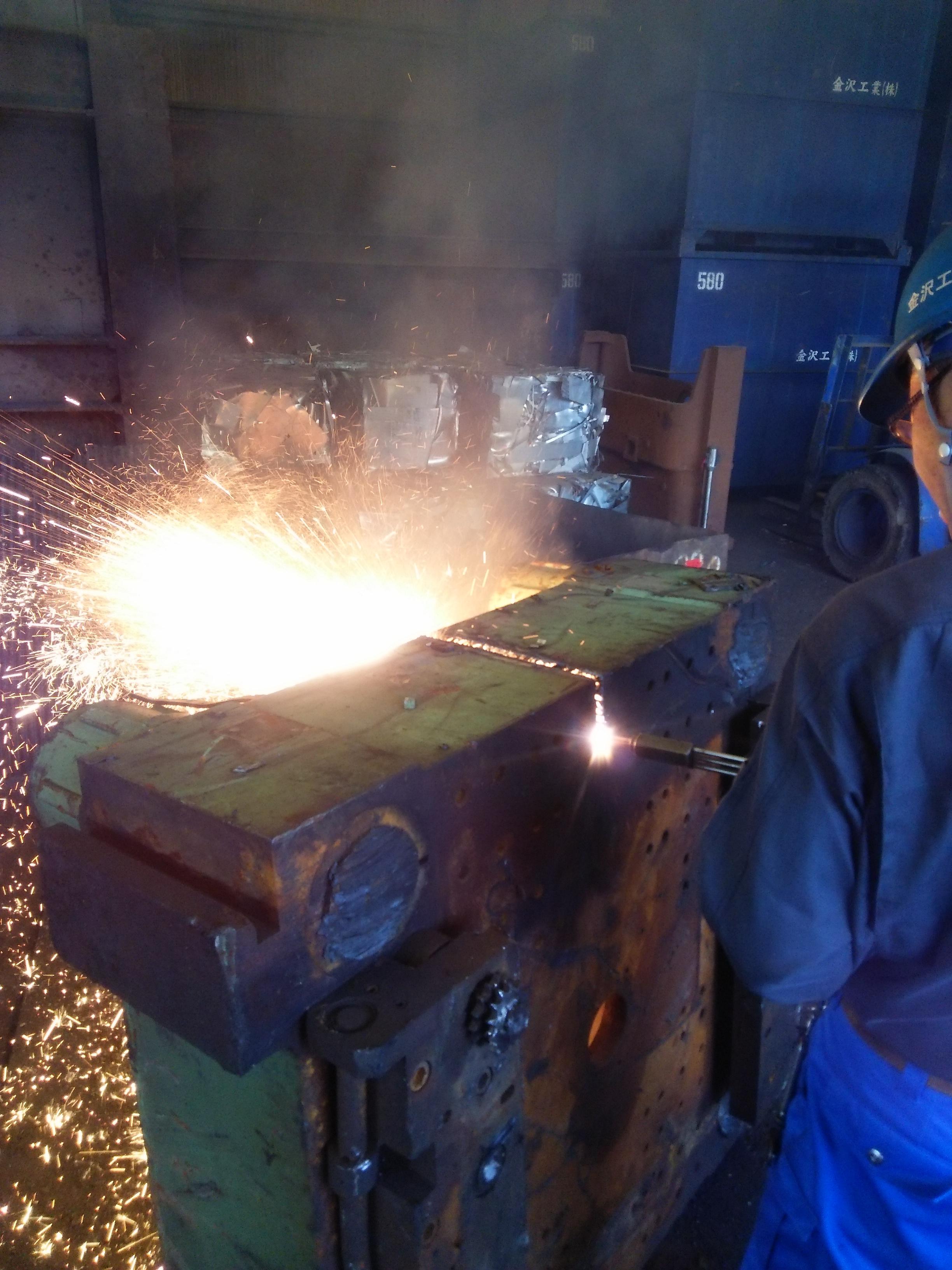 ダグタイル鋳鉄ガス切り